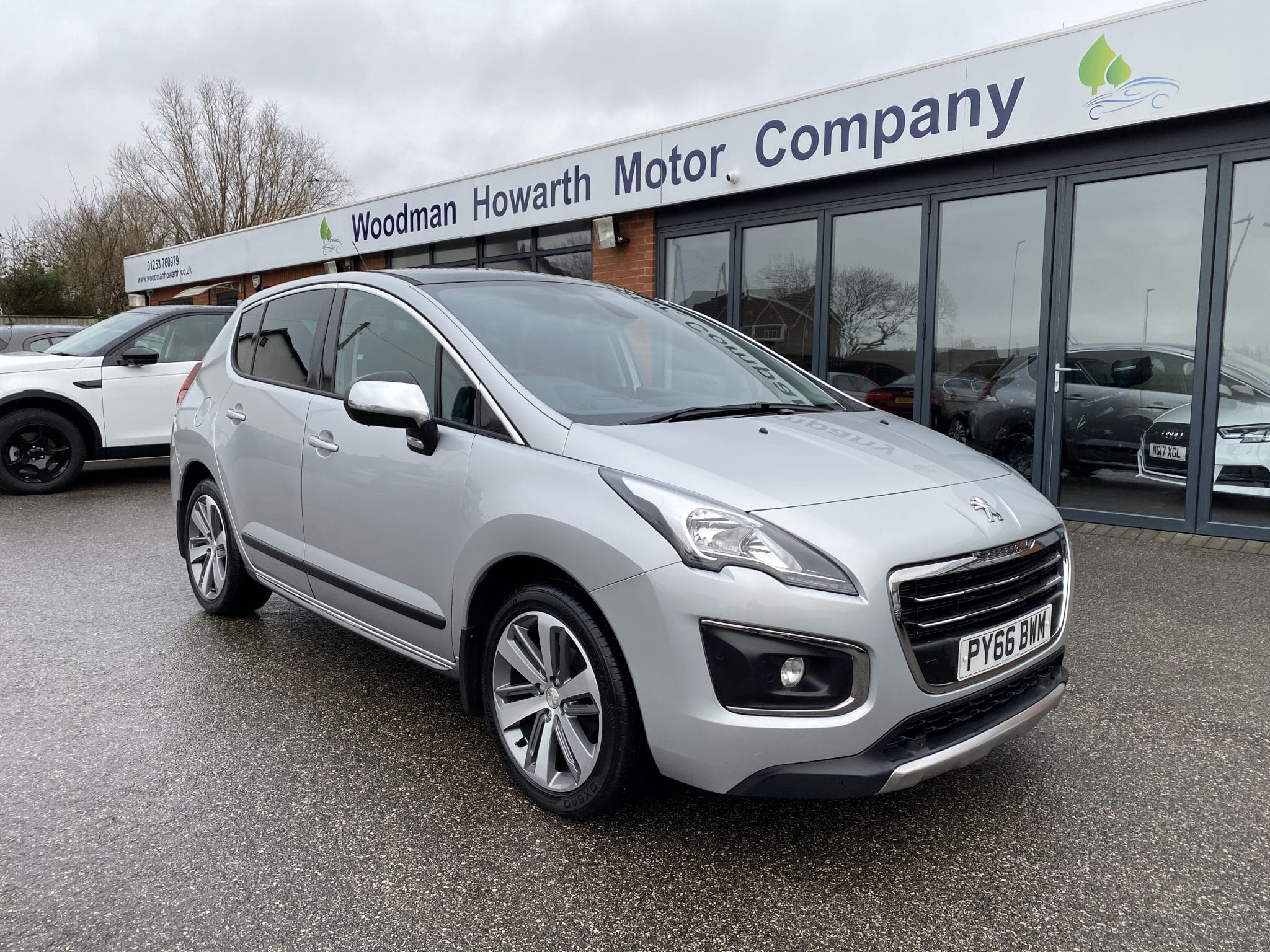 2016 66 PEUGEOT 3008 CROSSOVER 1.6HDI ALLURE 5 DR 120 BHP MANUAL FSH Pan Roof Nav HUD Bluetooth Reverse Cam Ex Value