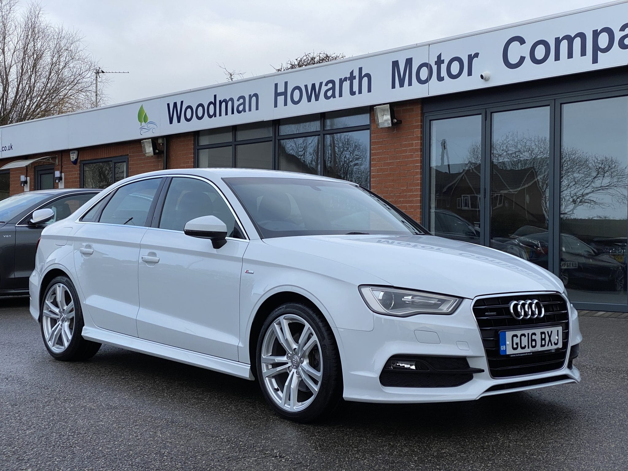 2016 16 AUDI A3 2.0TDI QUATTRO S LINE AUTO 184 BHP 4 DR SALOON 1 Prev Owner FSH Navigation Very Low Miles