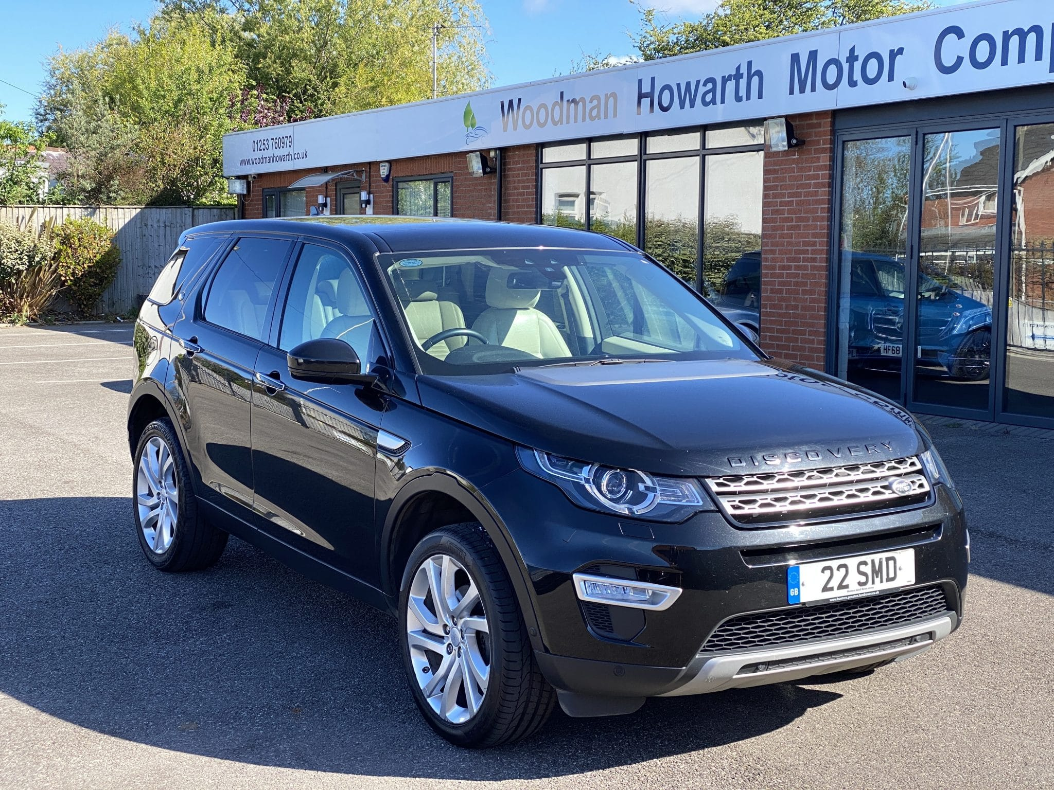 2015 65 LANDROVER DISCOVERY SPORT 2.0 TD4 HSE LUXURY 180 BHP AUTO 1 Lady Owner Huge Spec