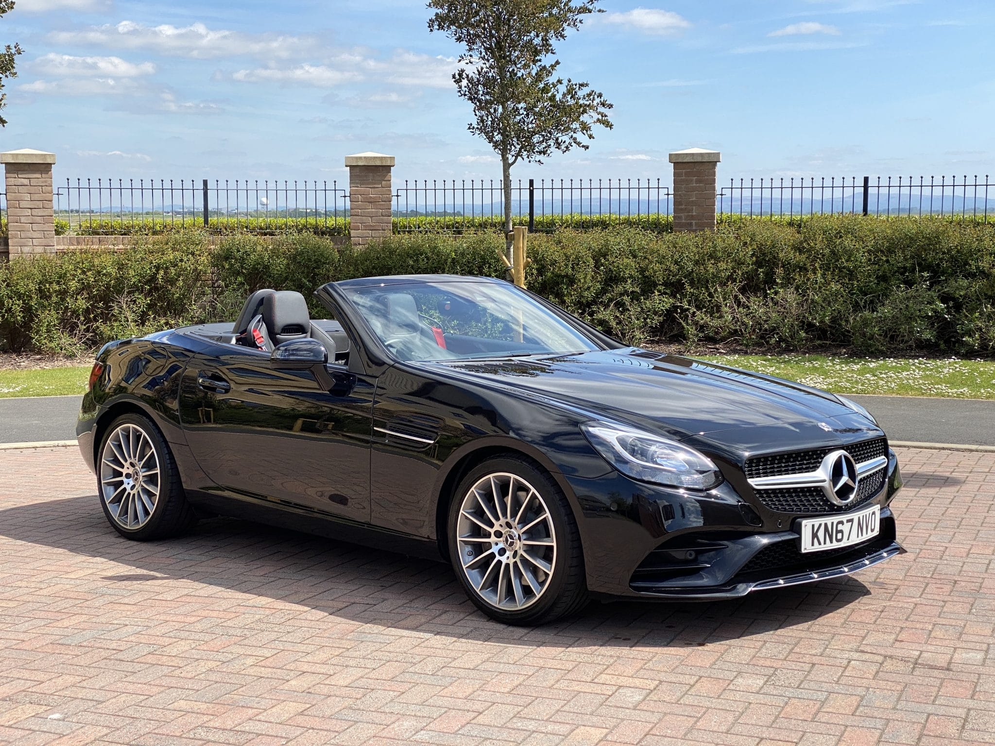 2017 67 MERCEDES SLC 250D AMG LINE ROADSTER 9 SPEED AUTO 1 Owner High Spec ONLY 9K Mls