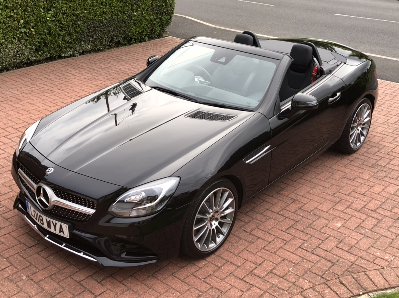 2018 18 MERCEDES BENZ SLC 250 CDI (190BHP) AMG LINE CONVERTIBLE 9G-TRONIC AUTO DELIVERY MILEAGE £40K NEW