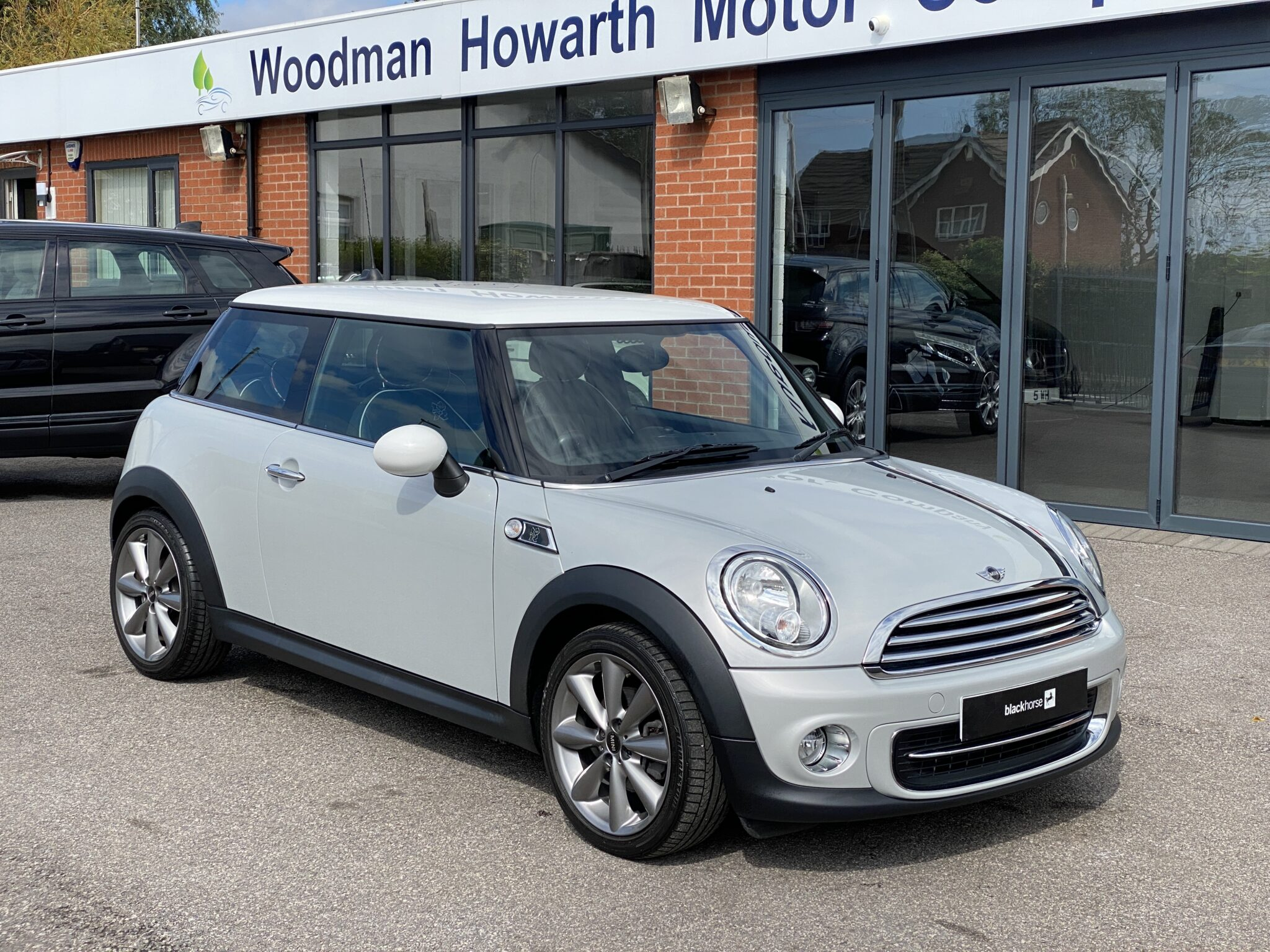 2012 MINI COOPER LONDON 2012 LTD EDITION 1 Prev Owner FSH Leather ONKLY 9600 Mls