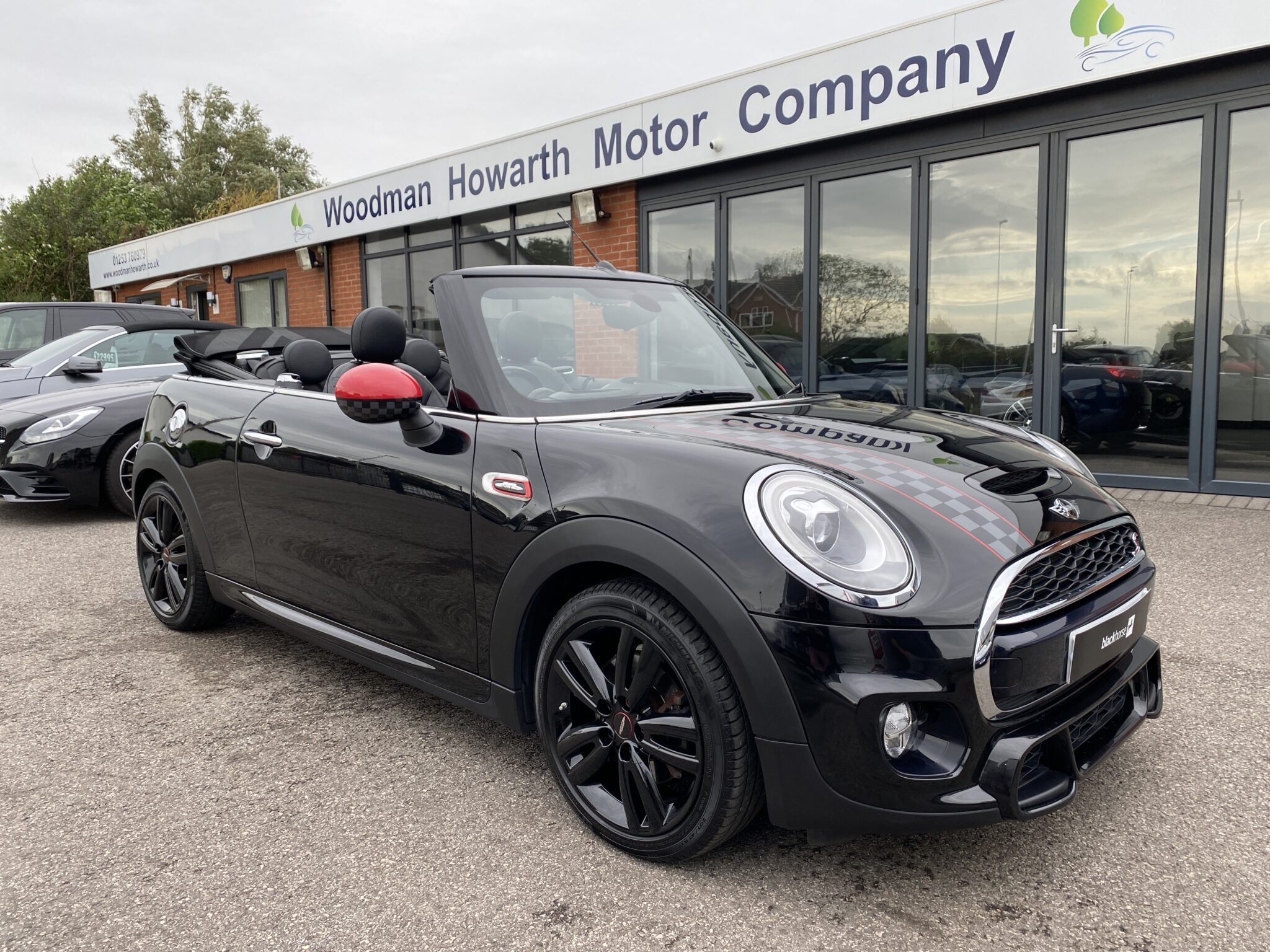 2016 66 MINI COOPER S CONVERTIBLE AUTO JCW Chili Pack 1 Prev Owner FSH Huge Spec Low Miles