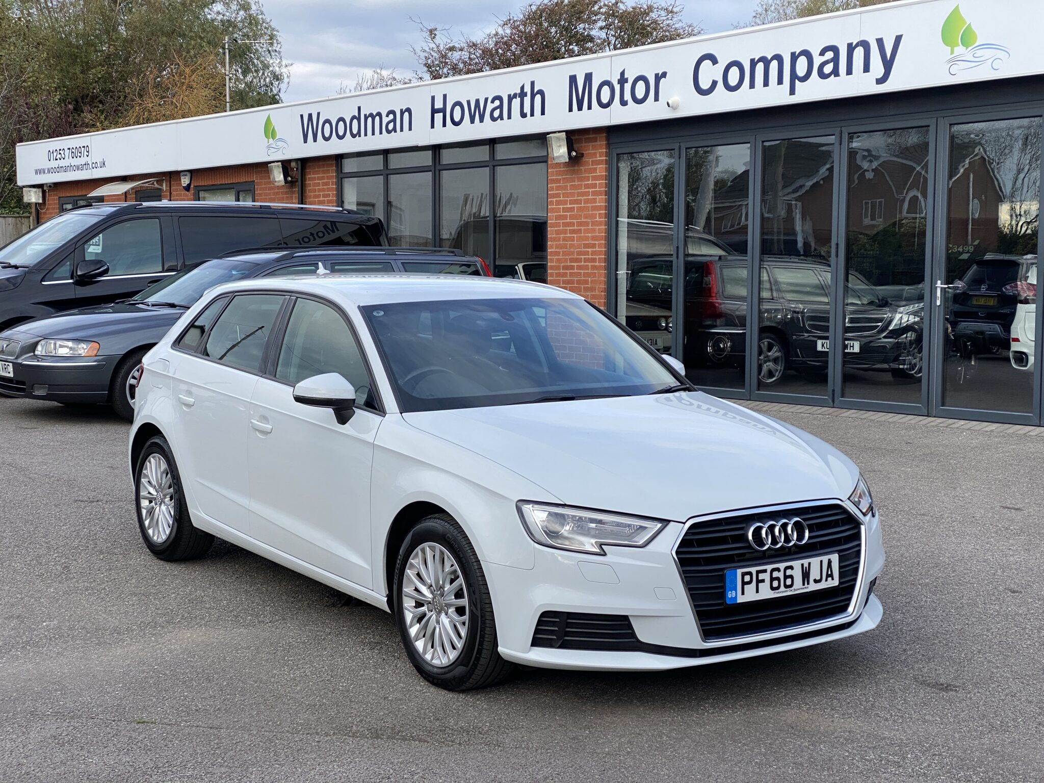 2016 66 AUDI A3 2.0 TDI SE TECHNIK 5 DOOR MANUAL 1 Prev Owner Only 30K Mls Apple Car Play