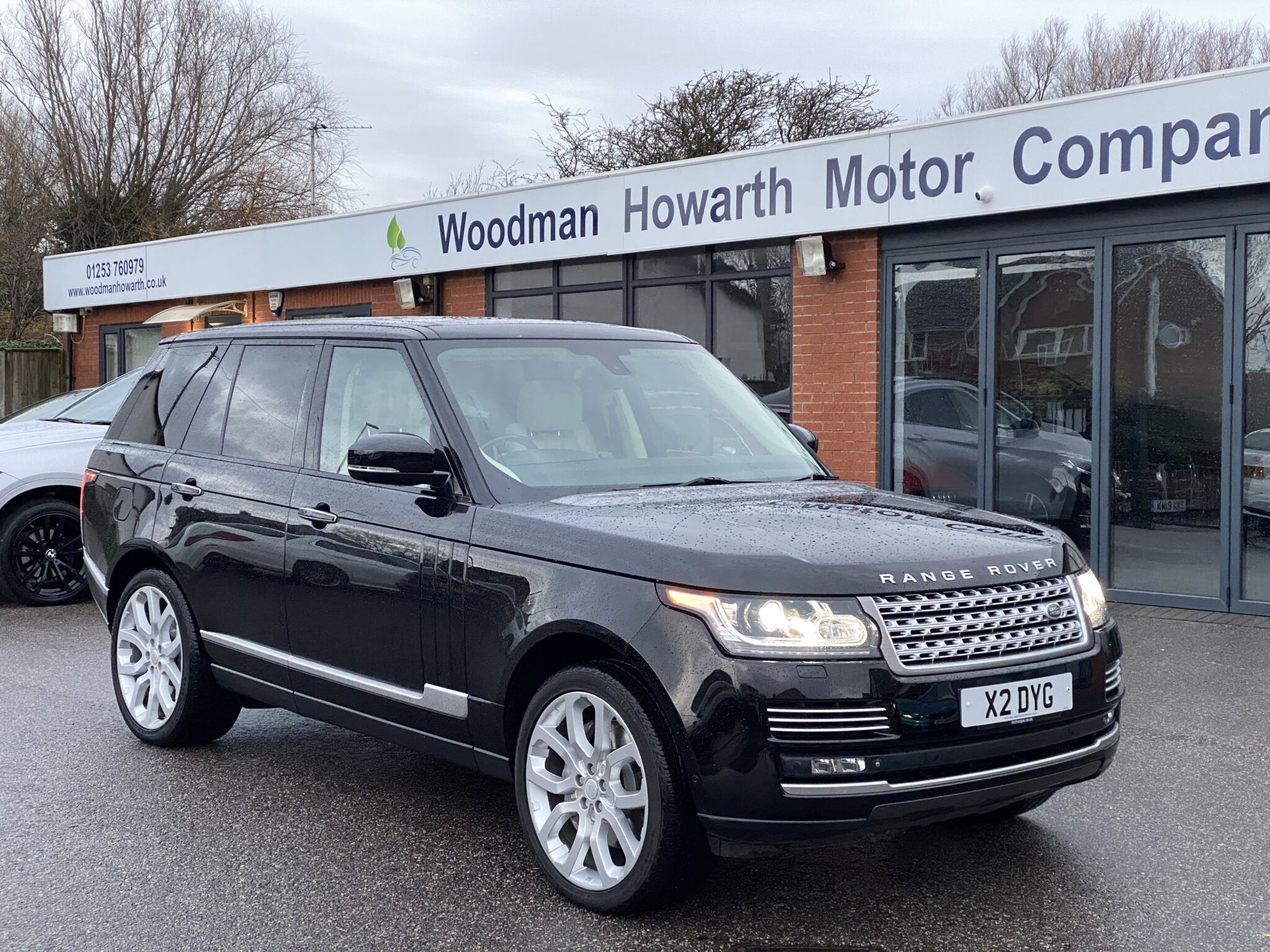 2013 63 RANGE ROVER AUTOBIOGRAPHY 5.0 V8 SUPERCHARGED AUTO Only 49K Mls FSH Huge Spec Stunning Colour Combination