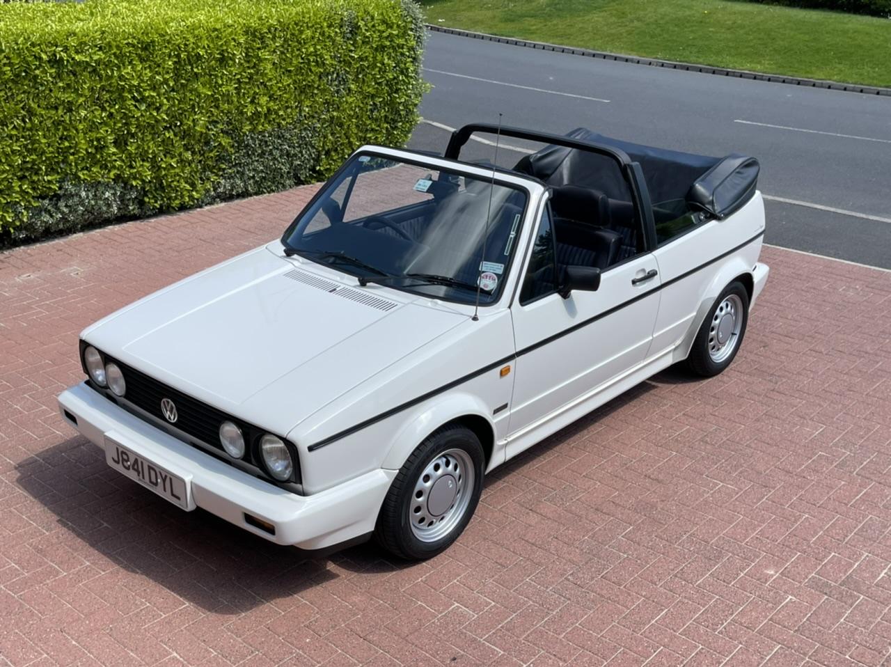 1992 J VOLKSWAGEN GOLF MK1 CONVERTIBLE 1.8 90BHP AUTO CLIPPER CONVERTIBLE