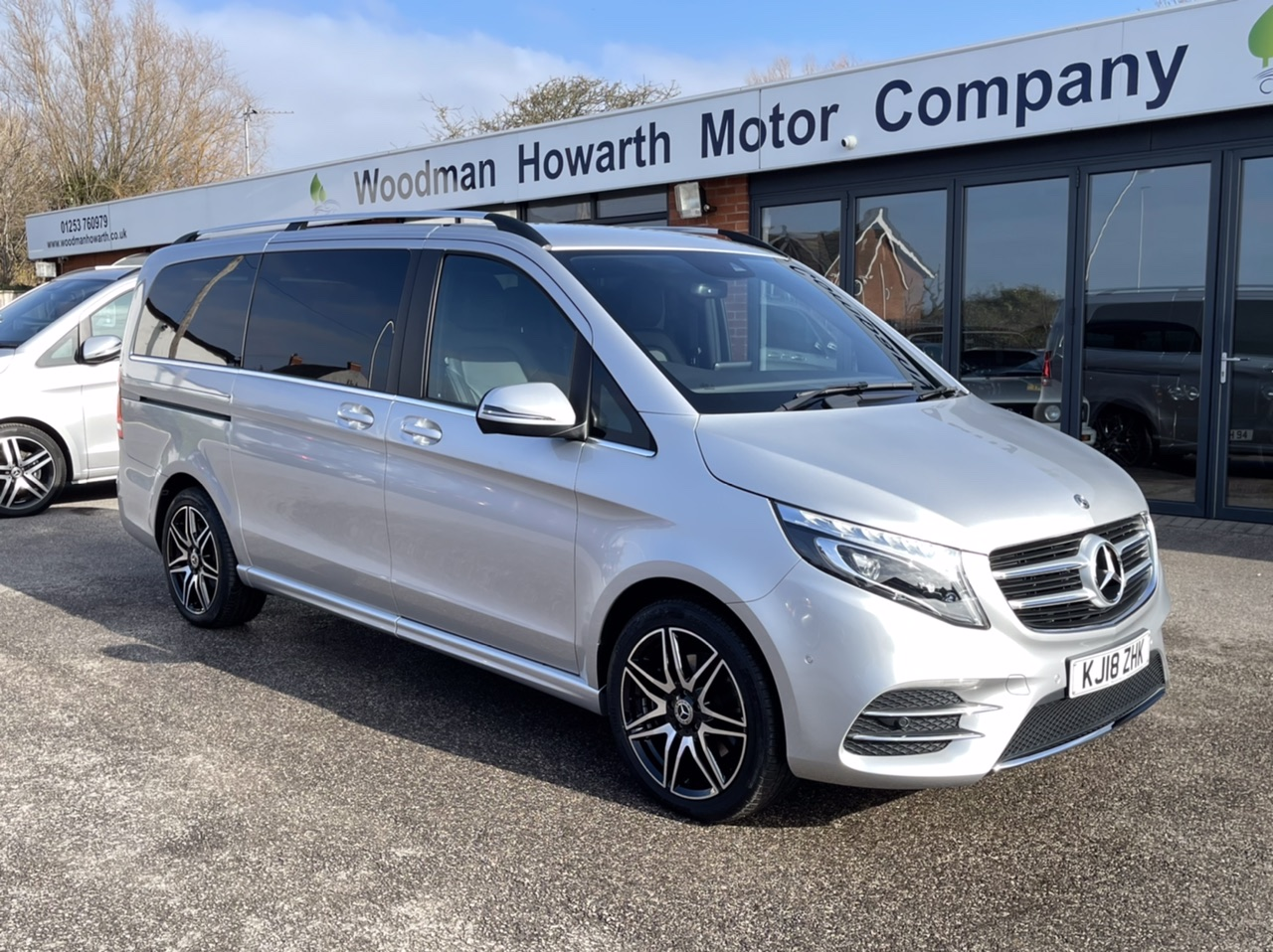 2018 18 MERCEDES BENZ V220 CDI 163BHP AMG LINE AUTO VATQ-8 Seater-Pan Roof-Rare AMG Model-Only 1500 Miles!