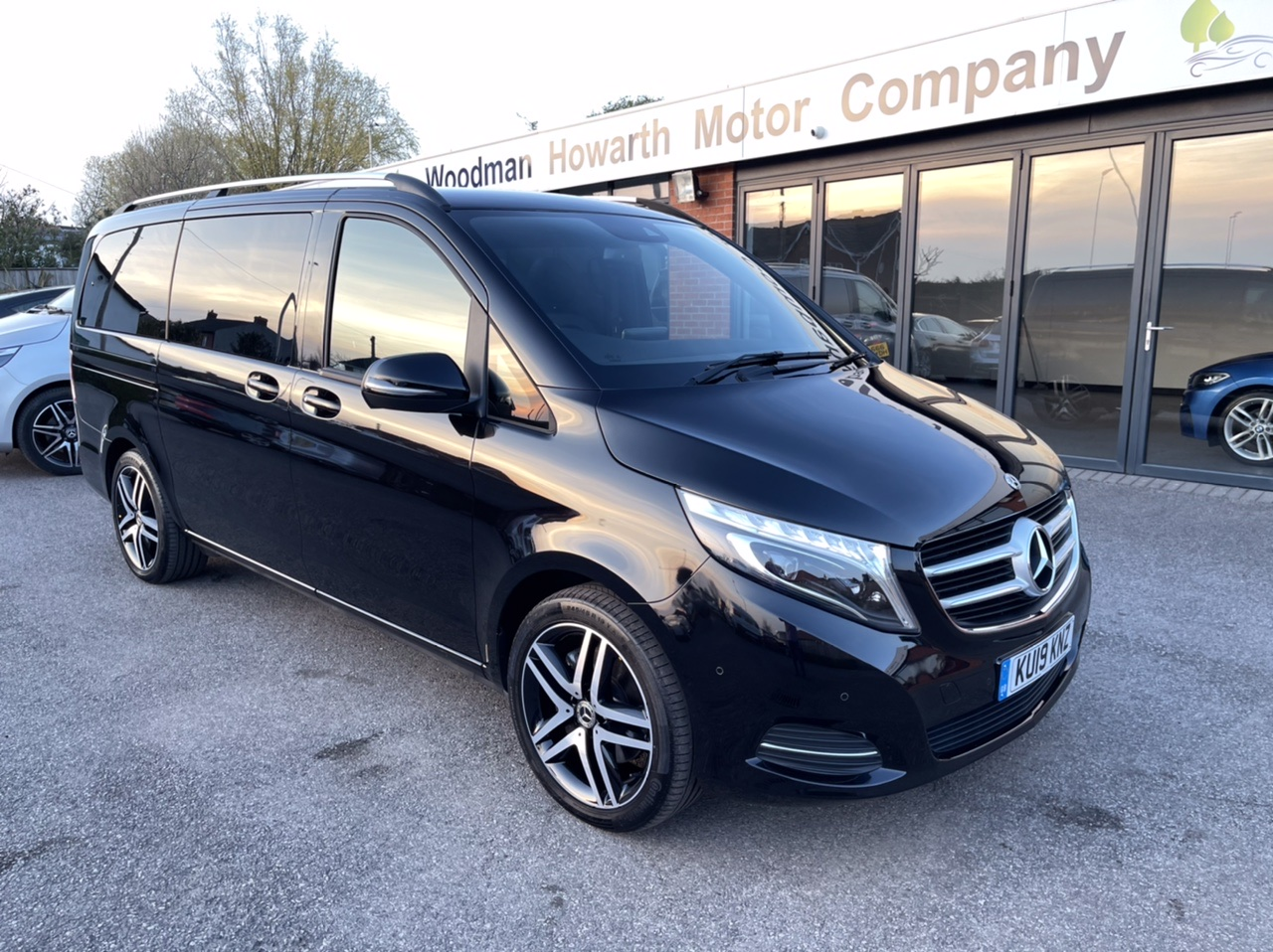2019 19 MERCEDES BENZ V220 D SPORT LWB 7G-TRONIC AUTO £57K Spec - COMAND - Tow Pack - 19 Inch A/W - Pan Roof ++